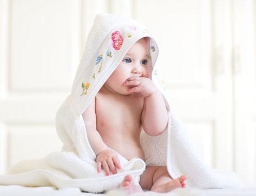 Wann sind Babies trocken? Wann brauchen sie keine Pampers mehr?